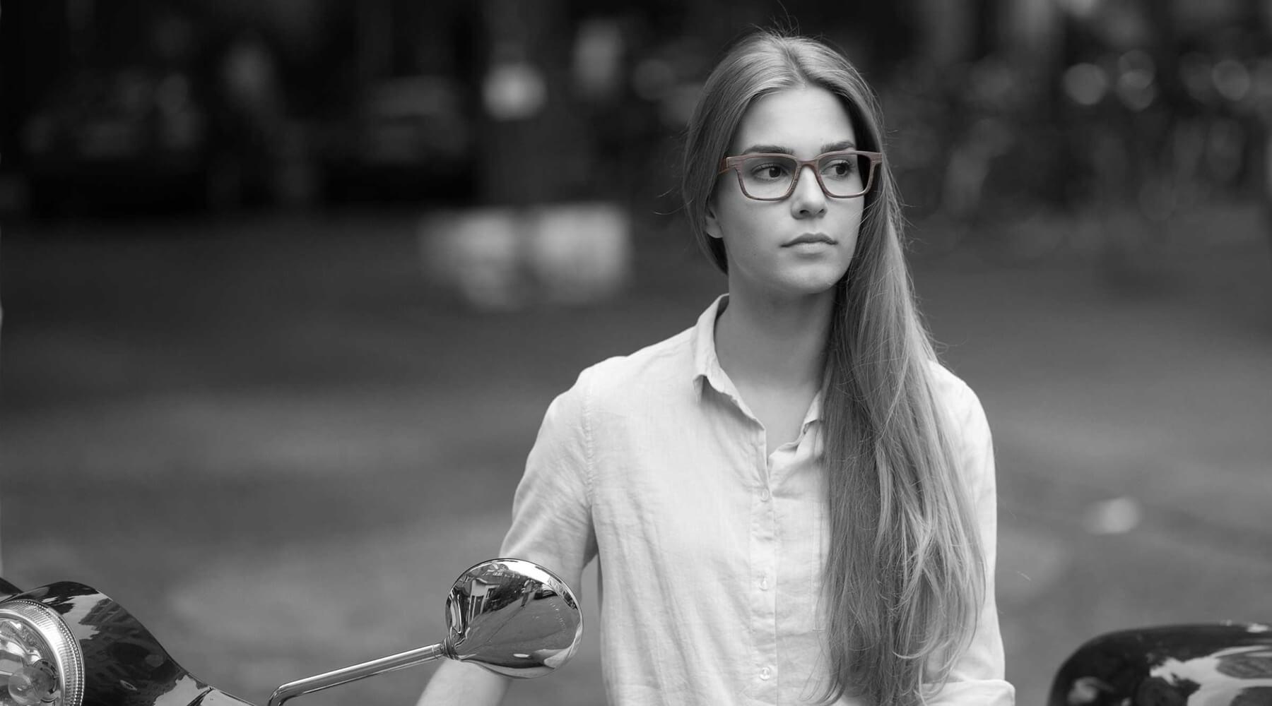 Hochwertige Holzbrille von STADTHOLZ günstig kaufen